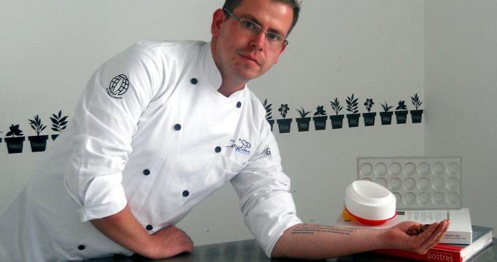 Pastelería y chocolatería a través de las manos del Chef Miguel Raines Mora